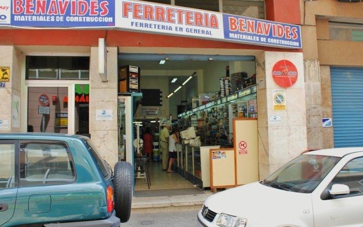 Ferreteria benavides establecimiento de pintura y barniz establecimiento de herrajes y - Empresas de construccion en tenerife ...