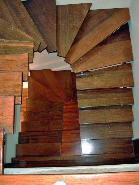 Escaleras de madera en tenerife escaleras de madera - Precio escalera madera ...