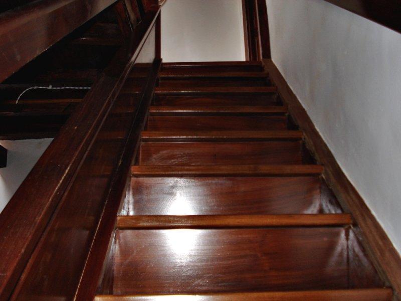 Escaleras de madera en tenerife escaleras de madera - Maderas para escaleras ...