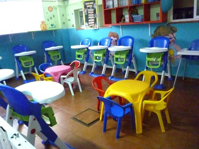 Centro infantil mickey mouse la gallega santa cruz de for Comedor escolar proyecto