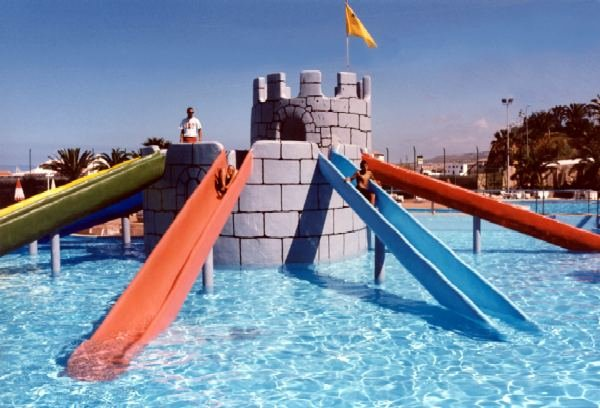 Parque acu tico delfinario en costa adeje aqualand - Parques infantiles en santa cruz de tenerife ...